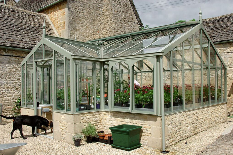Free-Standing-Greenhouses2
